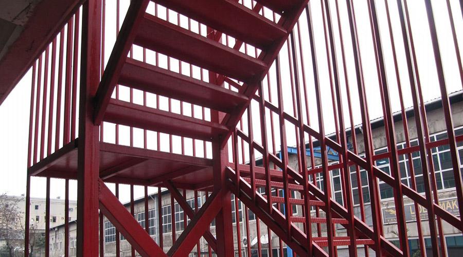 Yangın Merdiveninde Kullanılan Metaller
